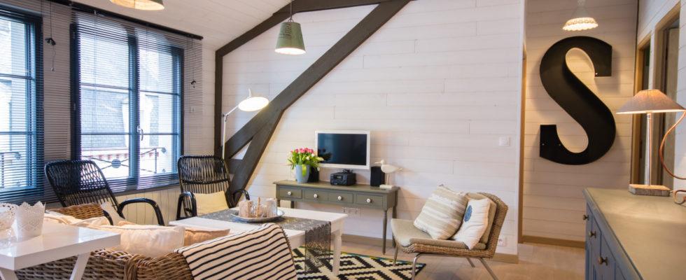 Photographe spécialisé dans l'immobilier en Bretagne, je réalise un reportage photo pro, pour mettre en avant votre bien à la vente ou locatif. Cela vous permettra de vous distinguer de la concurrence. Meilleure visibilité sur internet, favoriser les appels entrants et prises de contact concernant votre bien, grâce a de […]